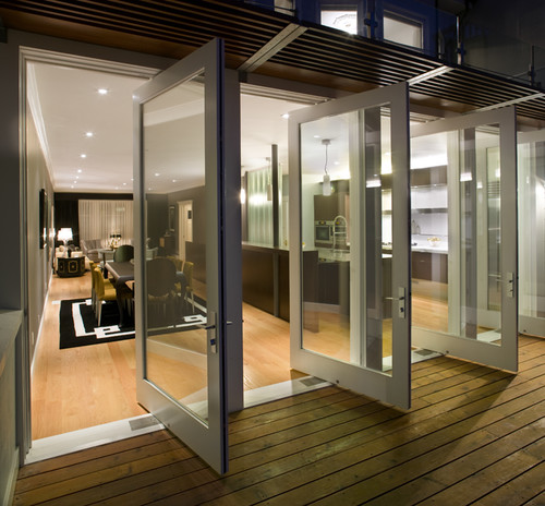 Modern Exterior Of Home With Pathway Transom Window: Custom Patio Door Ideas For Florida Homes