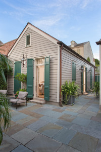 colonial-hurricane-shutters