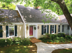 Vinyl siding gives a more traditional look.